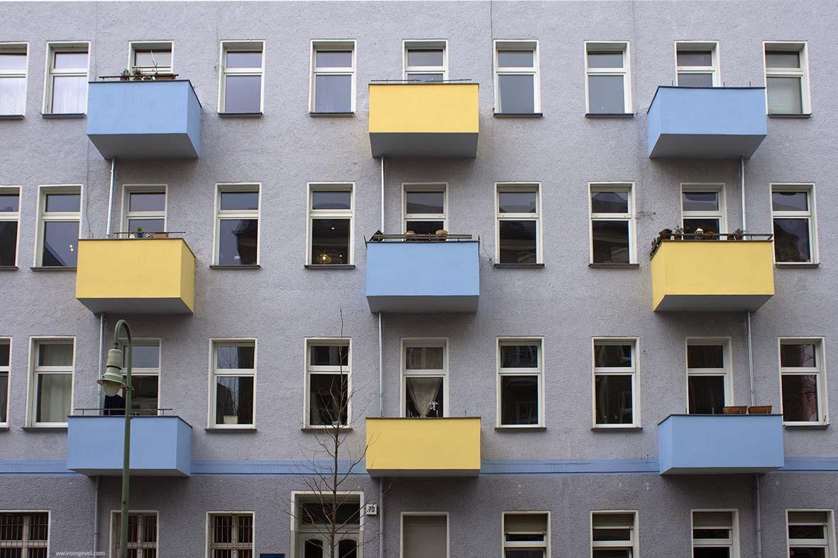 blokjes geel blauw frontaal- web